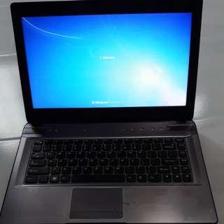 Lenovo idealpad  Y470