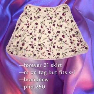 Floral skirt 💞