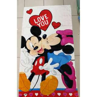 TOWEL DEWASA - MICKEY AND MINNIE MOUSE LOVE YOU