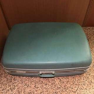 早期老皮箱 復古老皮箱 硬殼行李箱 早期手提箱 復古收納箱 裝置藝術 背景道具