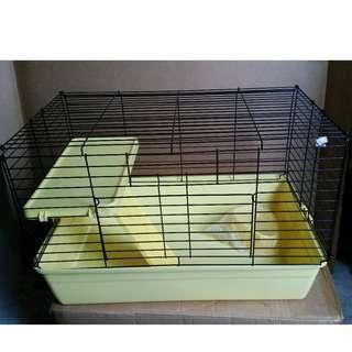 BN Cage with Platform (Display Set)