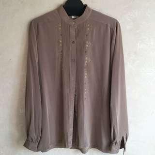 購自日本古著淺啡色繡花襯衫9成半新日本製