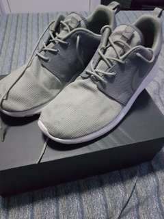 Nike Roshe Run size 11 used