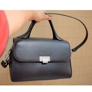 CHARLES & KEITH Black Satchel (mint condition!!! buy Juli 2017)