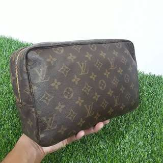 Louis Vuitton Cosmetic Pouch 28