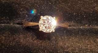 卡裝 鑽石 18K白戒子附GIA証書購自謝瑞麟品質有保証