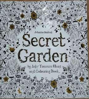 Buku mewarnai Mini Secret Garden