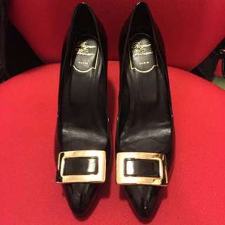 Roger Vivier black high heel size 36H