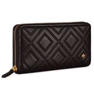 tory burch wallet😍