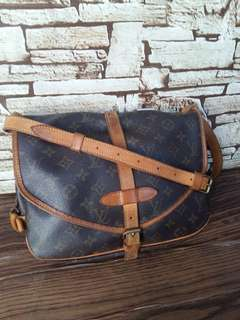 Authentic Louis Vuitton Saumur 30 Made in France Datecode Inside Good Condition Whatsapp www.wasap.my/60137178534