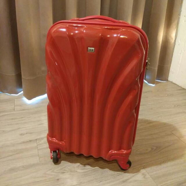 20吋 行李箱 登機箱 紅色 海關鎖 四輪 硬殼 輕量