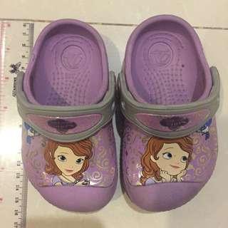 preloved sepatu crocs sofia the first original