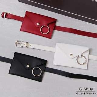 🚚 GW 【銀環皮帶腰包】 皮質 小方包 寬版   信封包 手拿包 零錢包 個性腰包 腰帶 紅黑白 GUESSWHAT