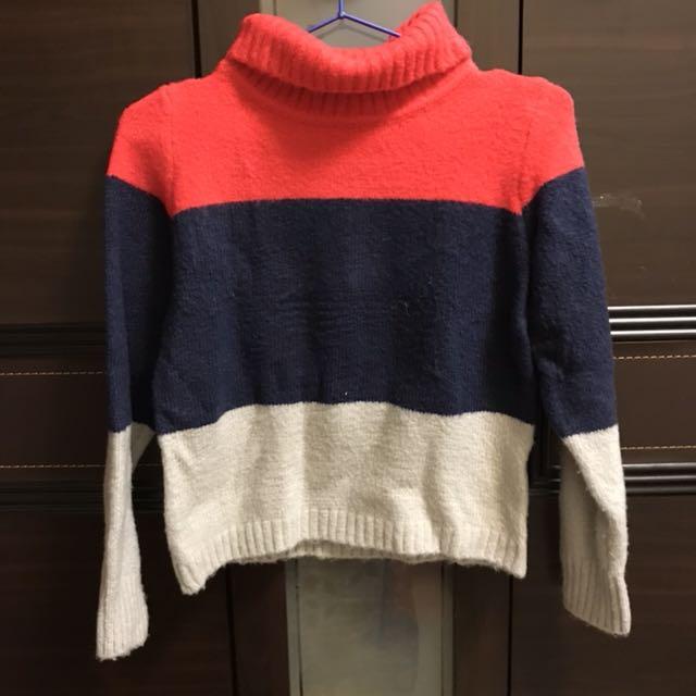 可愛三色毛衣