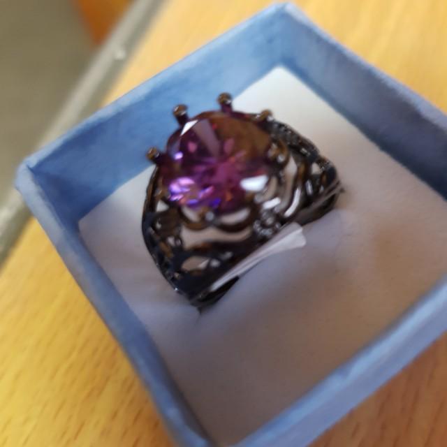 Black gold-color ring