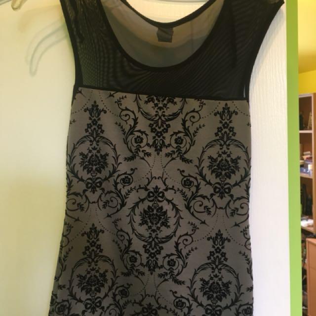 Black mesh/ velvet top