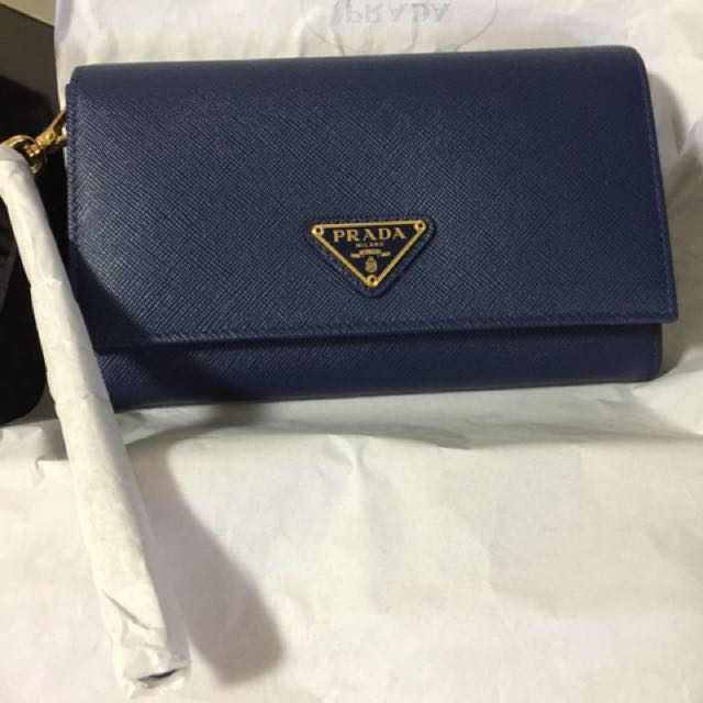 07668ff9410e Brand New Authentic Prada Wristlet Wallet, Women's Fashion, Bags ...