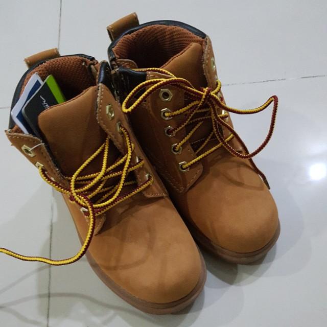 79c4bbb81 Brand new Eddie Bawer Boots (Toddler Boys), Babies & Kids on Carousell