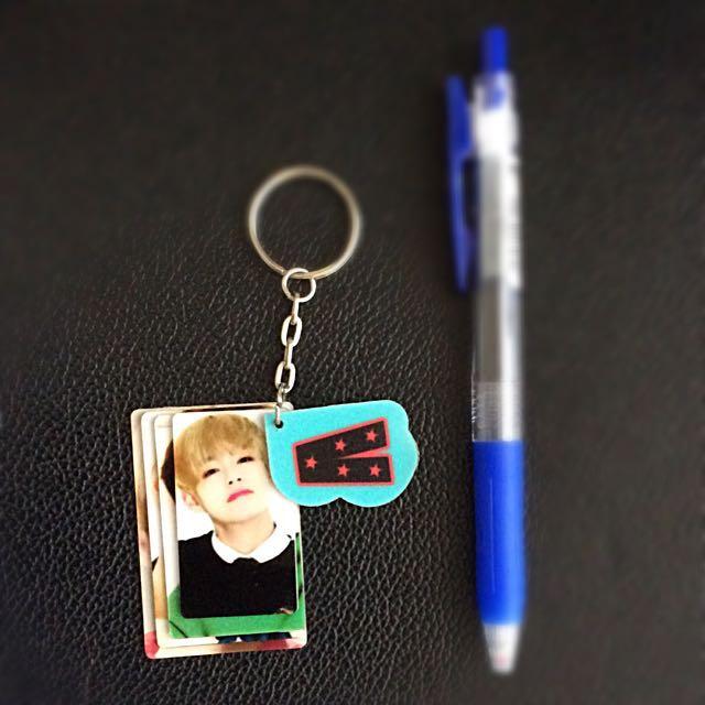 BTS V photocard keychain (fan-made)