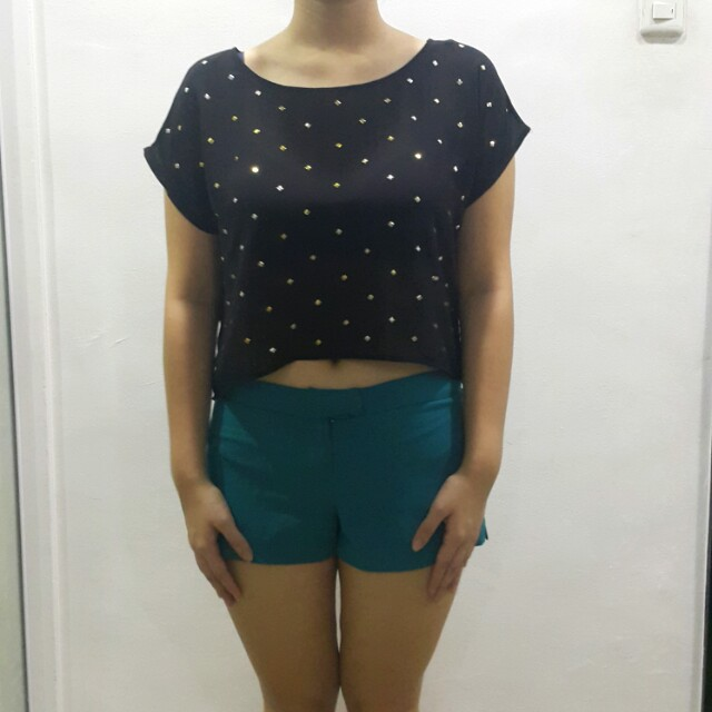 Forever 21 black crop shirt with studs