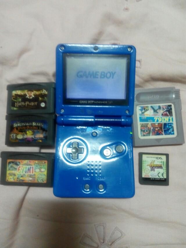 Gameboy sp 001 with games bundle