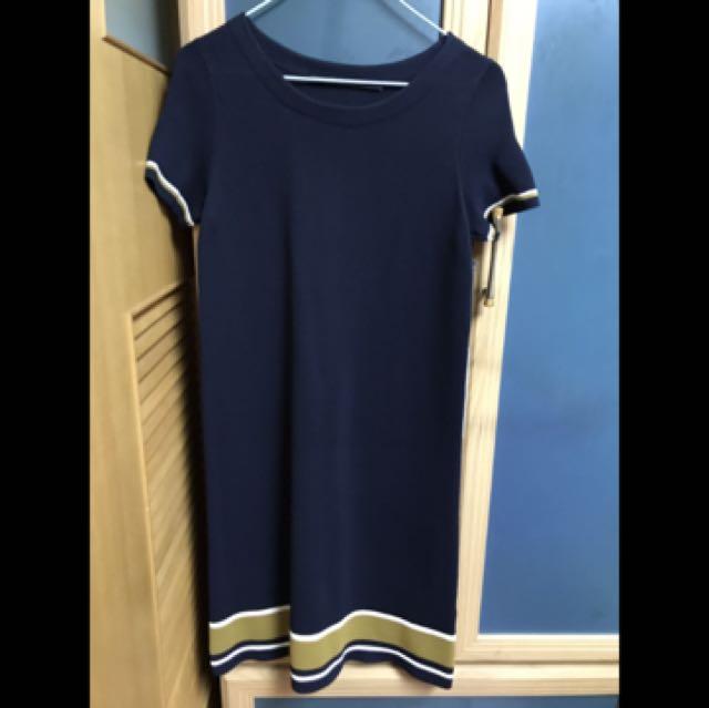 Giordano ladies深藍短袖針織洋裝