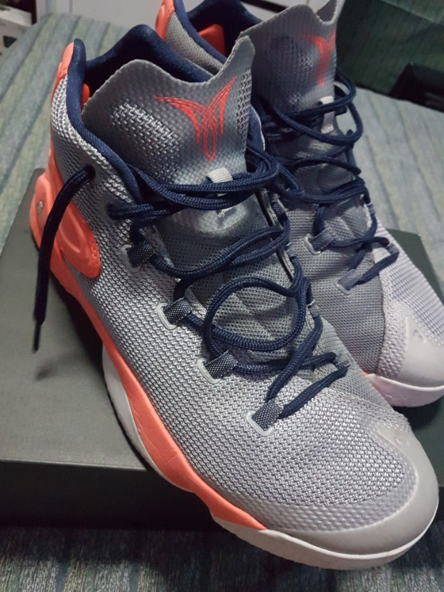 buy online c0fe4 00004 Jordan Melo M12 Syracuse size 11 used, Men s Fashion, Footwear on Carousell