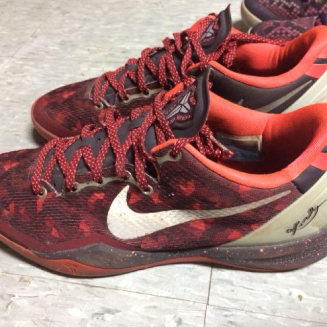 Kobe 8紫蟒 紅蛇