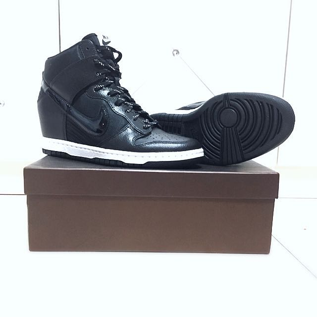 Nike Dunk Sky High Women Shoes 032f56e7cfb8