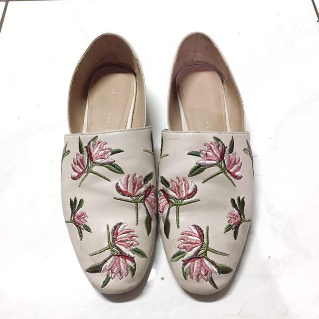 ORI Zara Trf Floral Embroidery Preloved Fesyen Wanita Sepatu Di Carousell