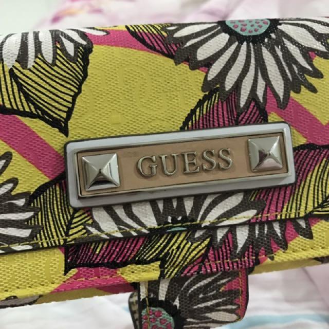Original Guess Wallet Flowers
