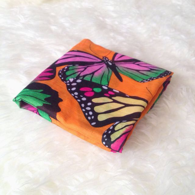•PRELOVED• Big Colorful Butterfly Shawl