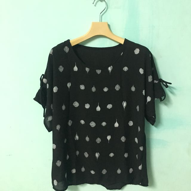 Printed Black Top