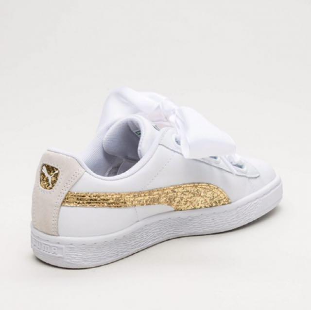 40924563e486 Puma basket heart glitter by stan smith, Women's Fashion, Shoes on Carousell