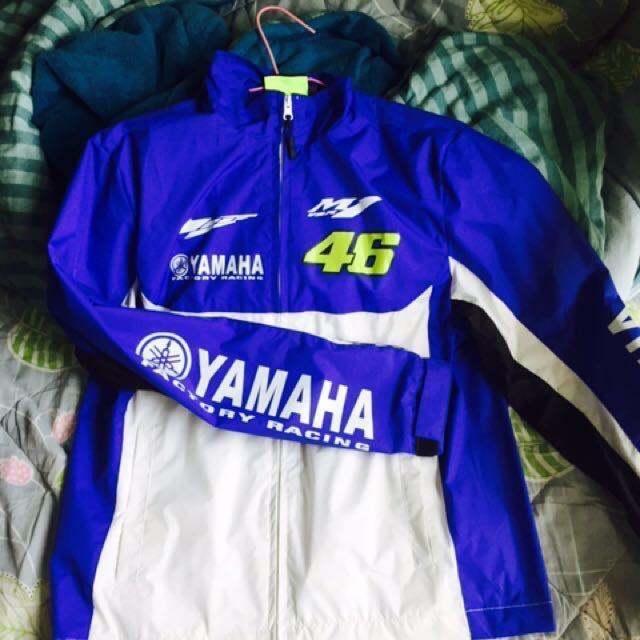 Rossi 防風外套 非正品,但真的防風防潑水,穿了會熱的那種!剩S size! 運費半價啊~~~