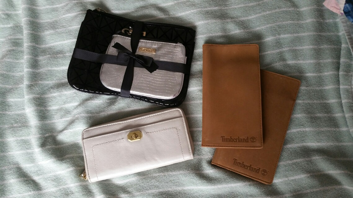 490d5e184f1 Timberland leather passport covers
