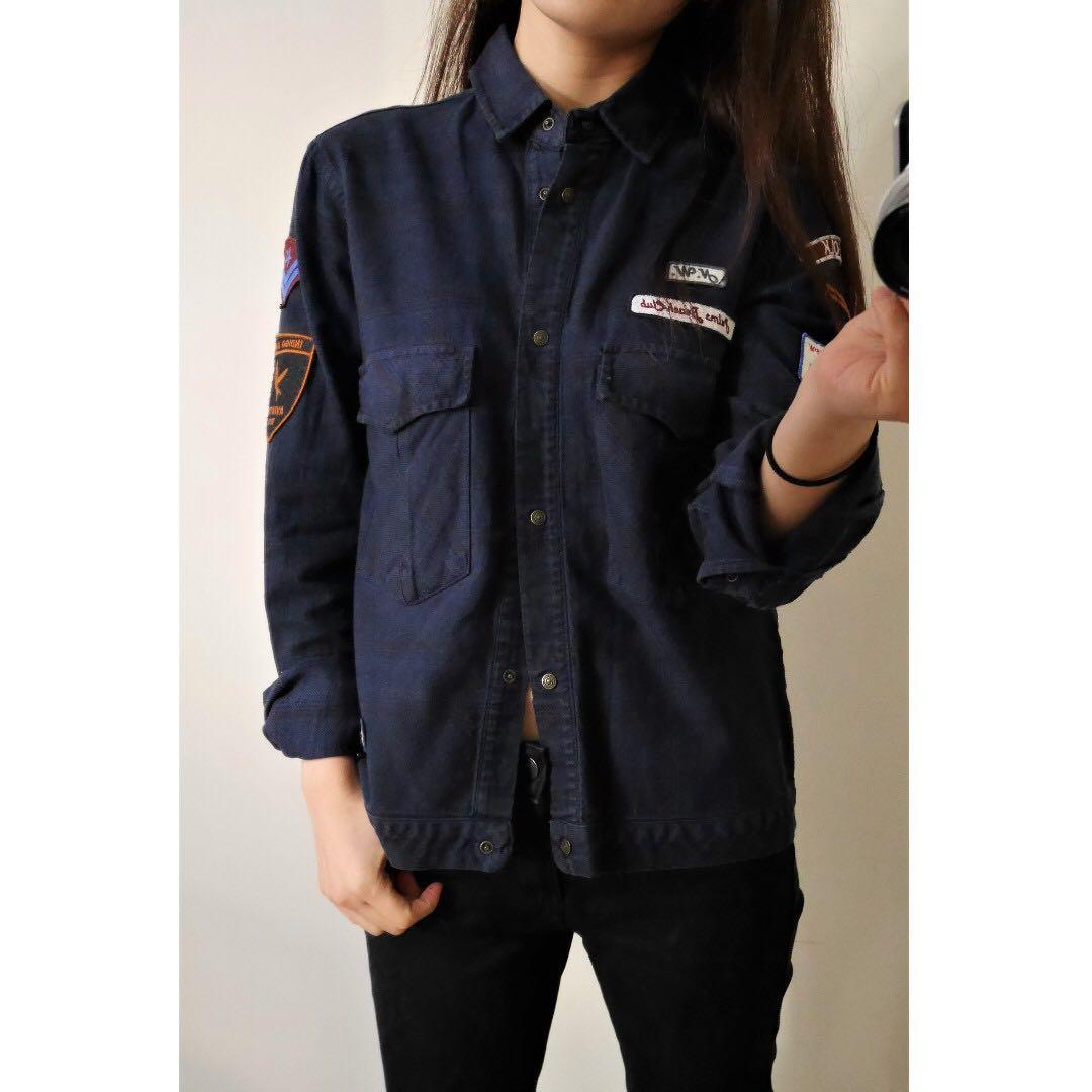 ZARA 深藍勳章貼布質感襯衫外套 S