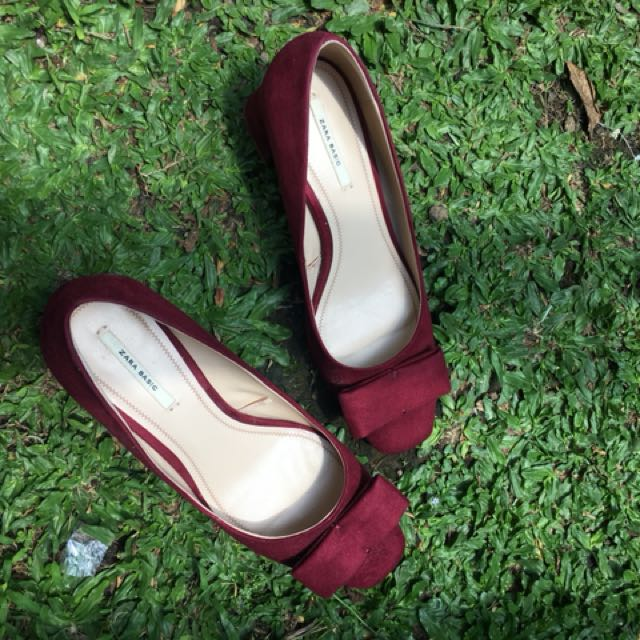Zara Basics Pump Shoes Maroon