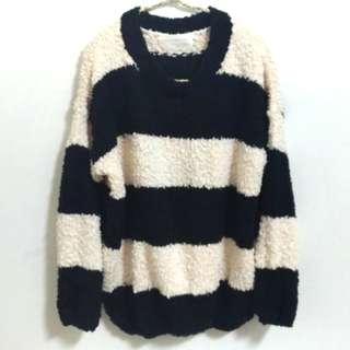 🚚 韓 粗條紋特殊寬鬆毛線織衫 毛衣