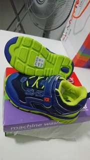 Baby shoe (STRIDE RITE) - NEW