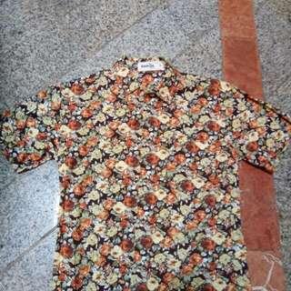 kemeja motif bunga