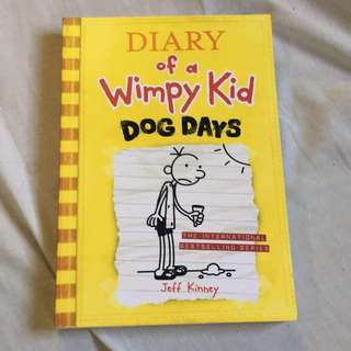 Diary of the Wimpy Kid Dog Days Paperback
