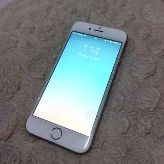 iPhone 6 16gb slightly negotiable