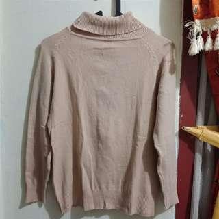 Baju trurtle neck / blouse / sweater