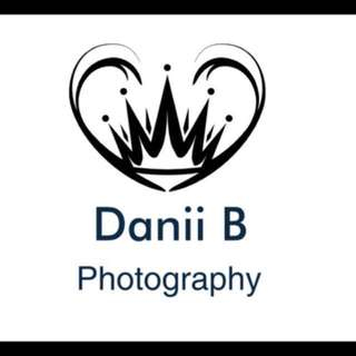 CHEAP PROFESSIONAL PHOTOGRAPHER AVAILABLE