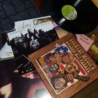 Old Records.. Special Collection.. $2up... Today Special At Blk 292 Yishun St 22 #01-287A 9am To 6pm