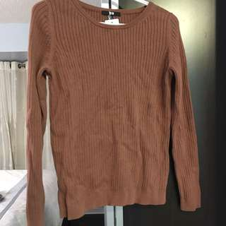 Uniqlo Sweater - Size M