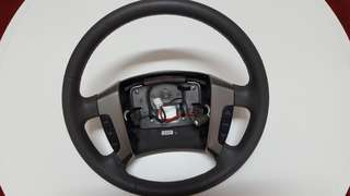 Sorento Leather Steering Set