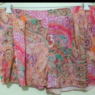 Zara pink paisley shorts