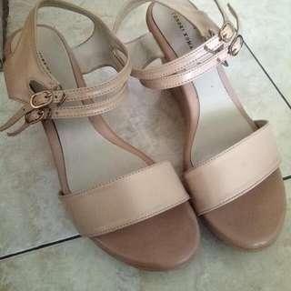 Sandal Wedges Nude Yongki